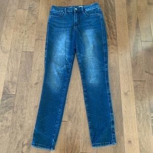 Seven7 High Rise Skinny Jeans Super Stretchy